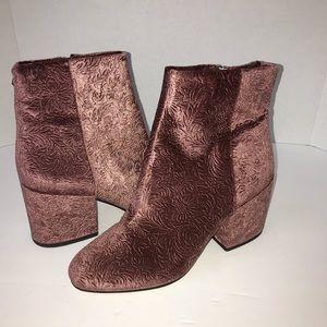 Sam Edelman Taye velvet embossed ankle boots 8.5